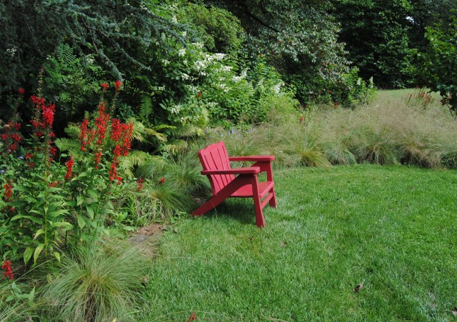 chanticleer red seat