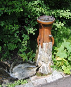 chanticleer art waterfountain