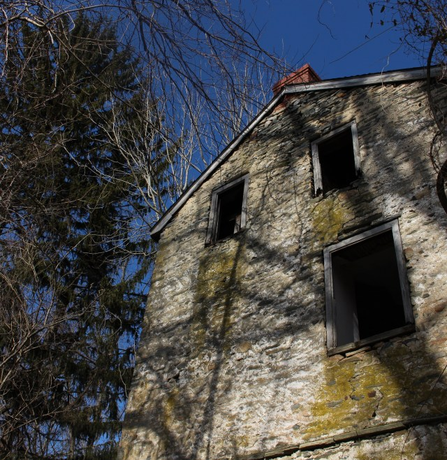 abandoned farmhouse pennsylvania