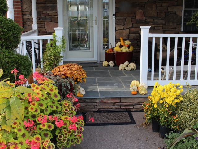 porch decorations for autumn
